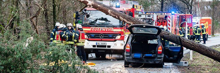 Tote und Verletzte durch Orkan FRIEDERIKE