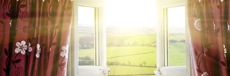 Sonnenscheinfenster öffnet sich