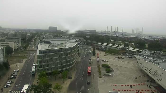 HD Live Webcam Wolfsburg - Phaeno und Volkswagenwerk