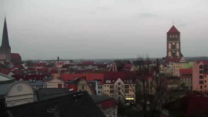 HD Live Webcam Rostock - rostock apartment LIVING HOTEL