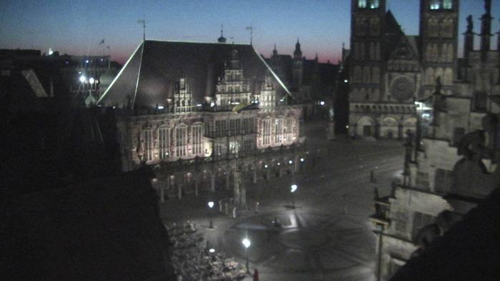 Blick über den Bremer Marktplatz zum Dom