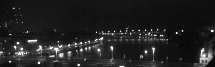 Livecam Basel - Mittlere Brücke - Hotel Les Trois Rois