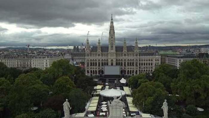 HD Live Webcam Wien - Burgtheater - Rathaus
