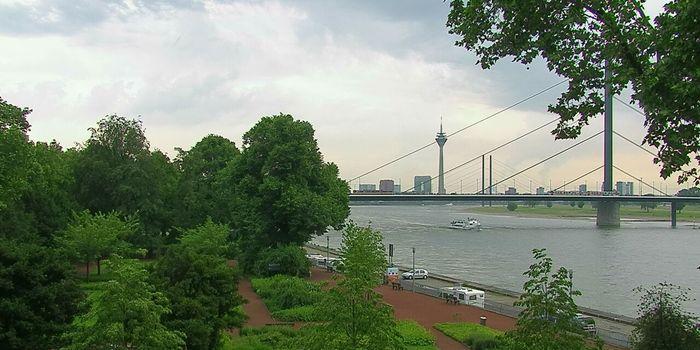 Livecam Düsseldorf - Rheinterrasse