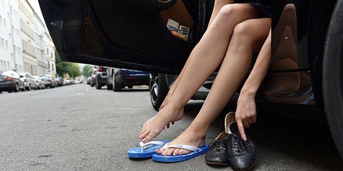 new styles 4e8a6 87aed Autofahren: Flipflops erlaubt - aber gefährlich | wetter.com