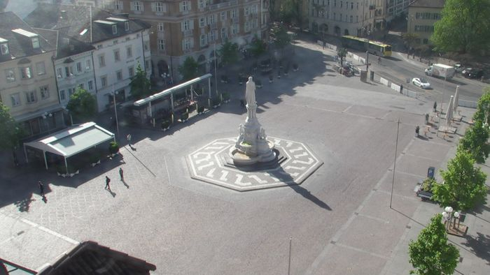 HD Live Webcam Bozen - Südtirol - Waltherplatz