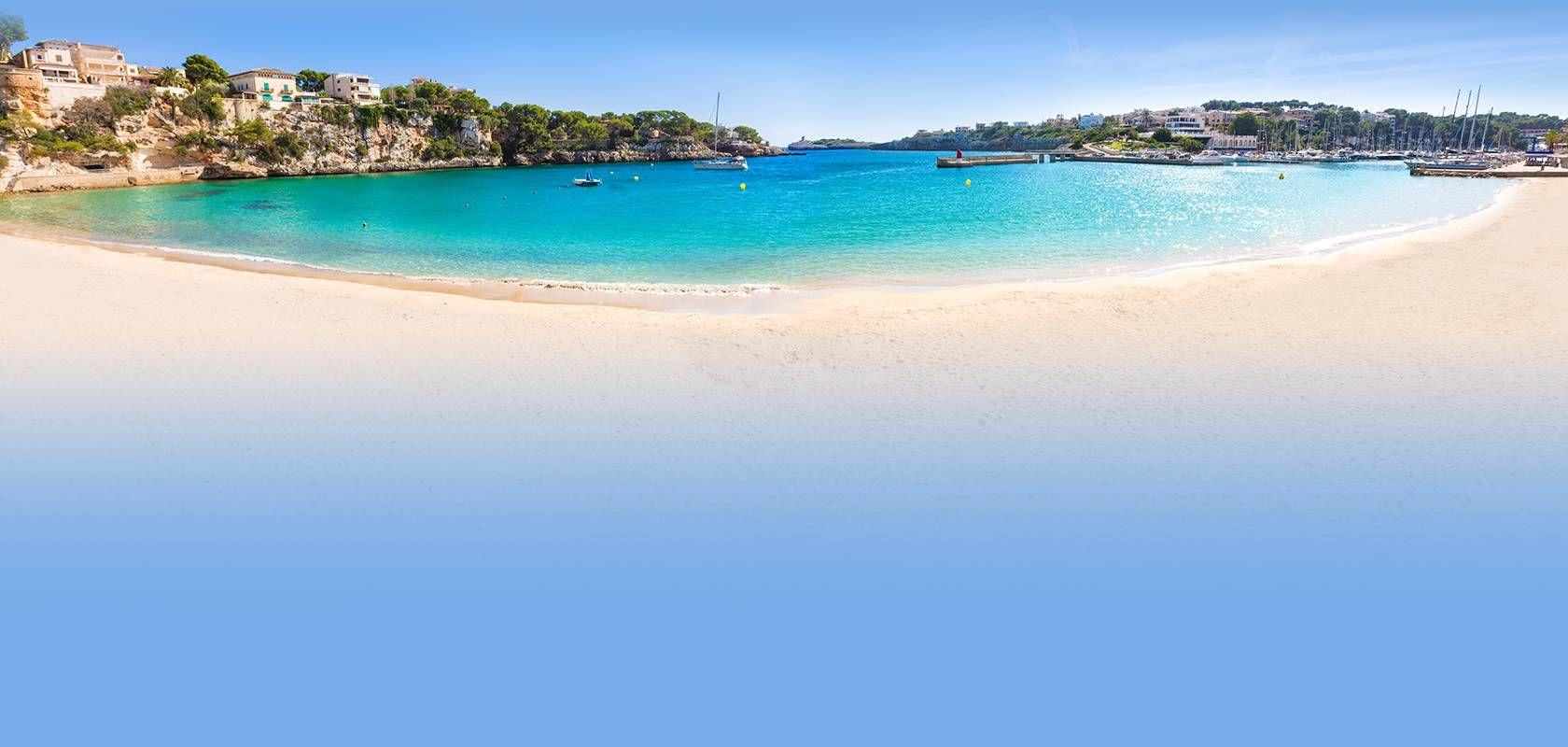 Strand bei sonnigem Wetter auf Mallorca