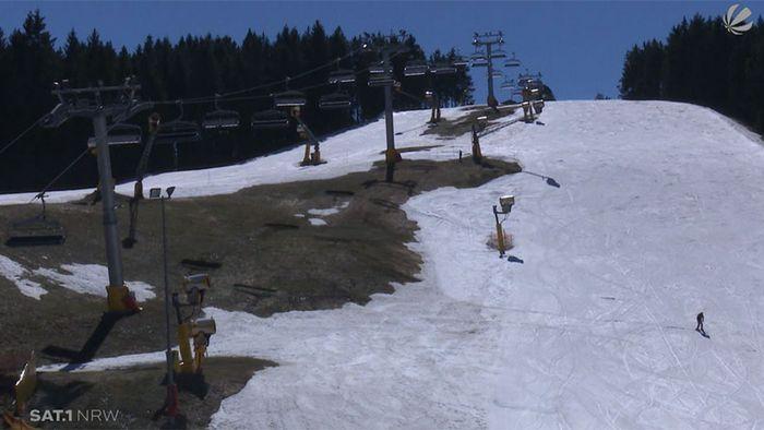 """Skifahren bei 20 Grad? Im Sauerland gibt es noch """"Verrückte"""""""