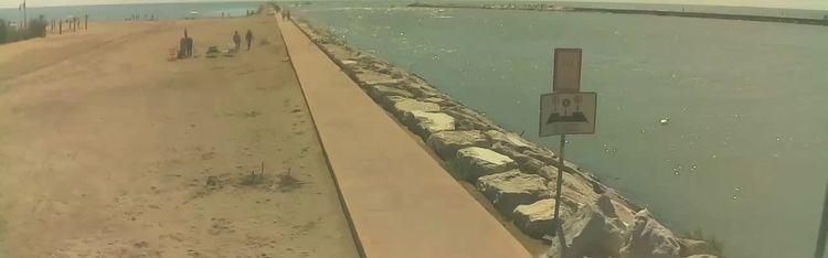 Livecam Webcam Caorle - Ponente beach near Livenza channel