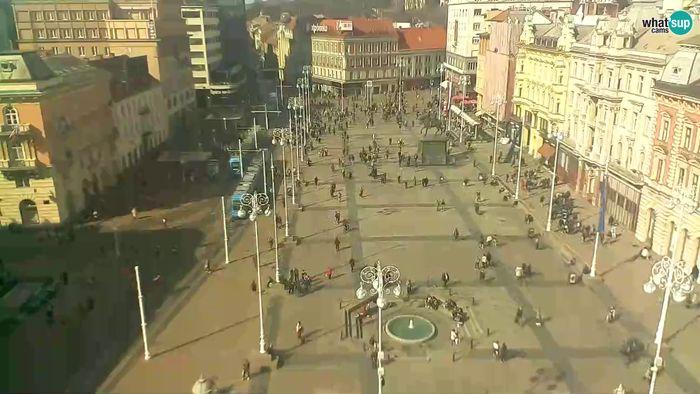 HD Live Webcam Zagreb - Ban Jelačić square