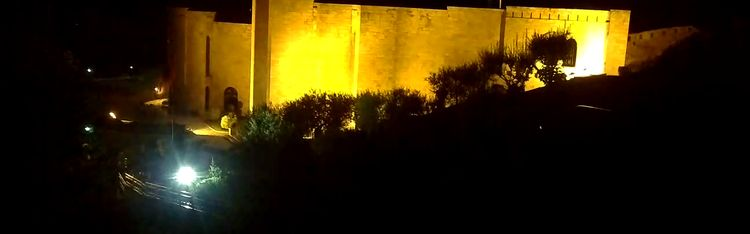 Livecam Webcam Kruja - The National Museum Skenderbeu from restaurant Bardhi