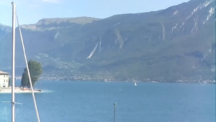 HD Live Webcam Webcam PRA' DE LA FAM – Porto di Tignale - Windsurfer Garda Lake