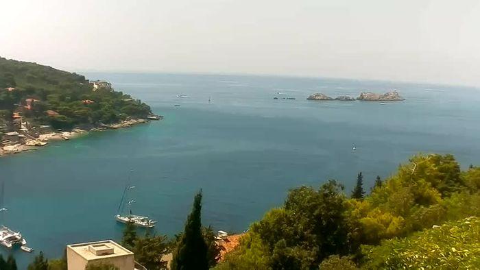 HD Live Webcam Rijeka - Riva and port
