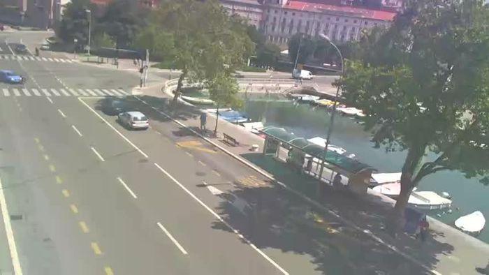 HD Live Webcam Rijeka - The view of Trsat and Sušak