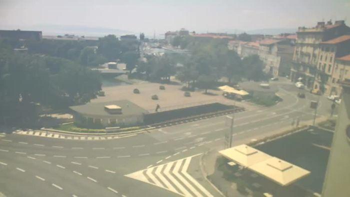 HD Live Webcam Rijeka -  Rječina, Fiumara and Tito square