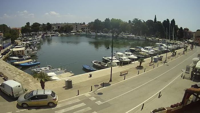"HD Live Webcam Novigrad - old marina ""Mandrač"""