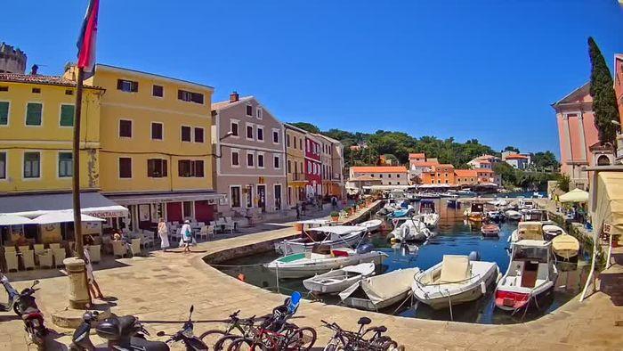 HD Live Webcam Veli Lošinj - the harbor