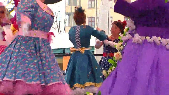 Vom Square Dance bis zum Bossa Nova: Tanz der Marktweiber auf dem Viktualienmarkt
