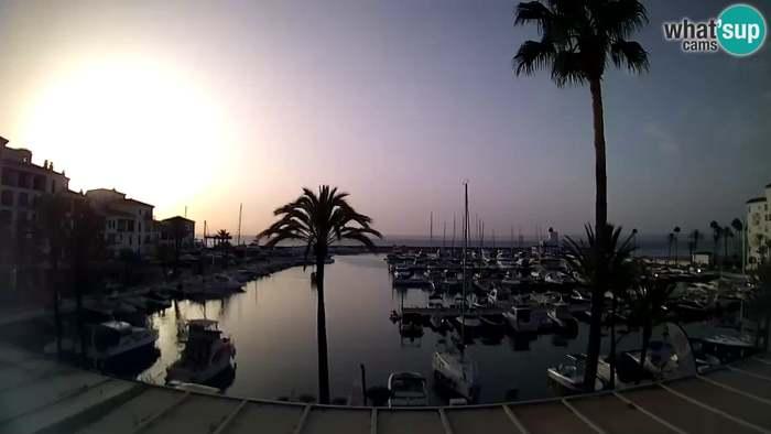 HD Live Webcam Puerto de la Duquesa - Marina
