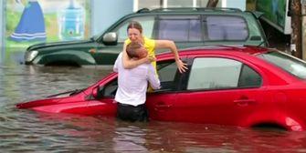 Hochwasser: Spektakuläre Rettung an WM-Spielort