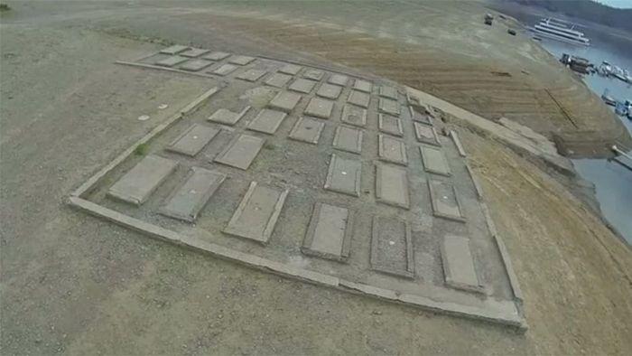 Edersee-Atlantis: Trockenheit legt Gräber und Gemäuer frei