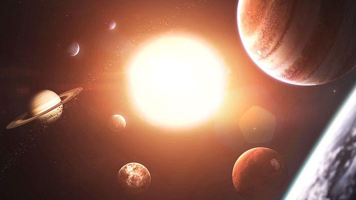 Planeten-Parade und besonderer Erntemond