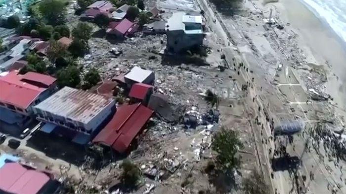 Tsunami Region In Indonesien Mehr Als 1000 Tote Vermutet Videos