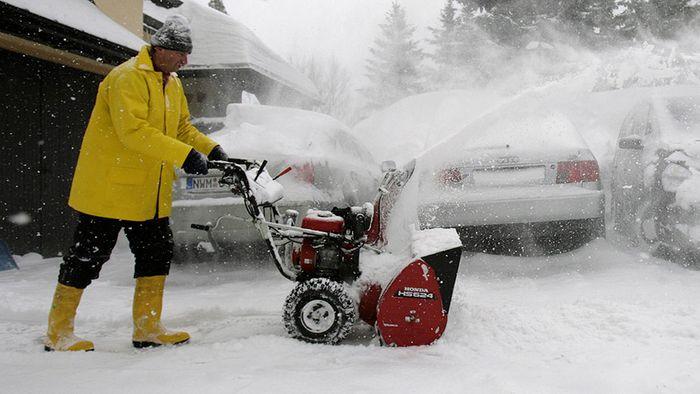 Dezember-Prognose: Heftige Winterphasen und Sturm
