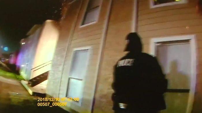 Achtjähriger springt aus brennendem Haus