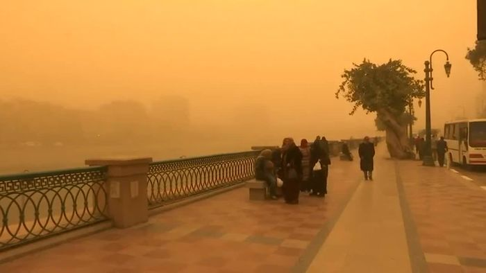 Alarmstufe Orange: Sandsturm fegt über Kairo