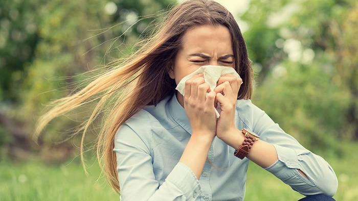 Heuschnupfen und Erkältung haben unterschiedliche Symptome.