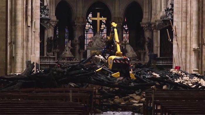 Nach Brandkatastrophe: So sieht Notre Dame von innen aus