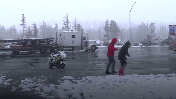 Der Winter ist zurück: Schnee in Kalifornien