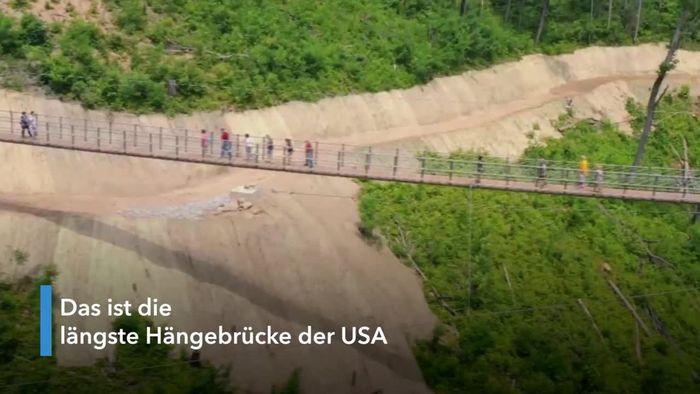 Mit Glasboden: Diese Hängebrücke ist nichts für schwache Nerven