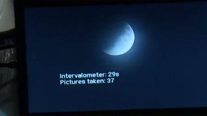 Partielle Mondfinsternis hält Sternengucker wach