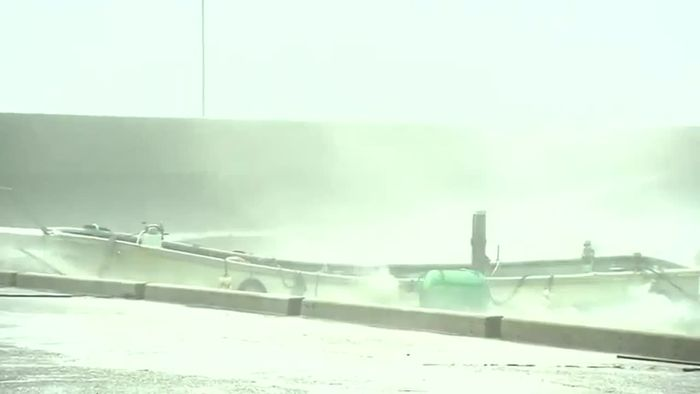 Angst vor Taifun KROSA: Hunderttausende evakuiert