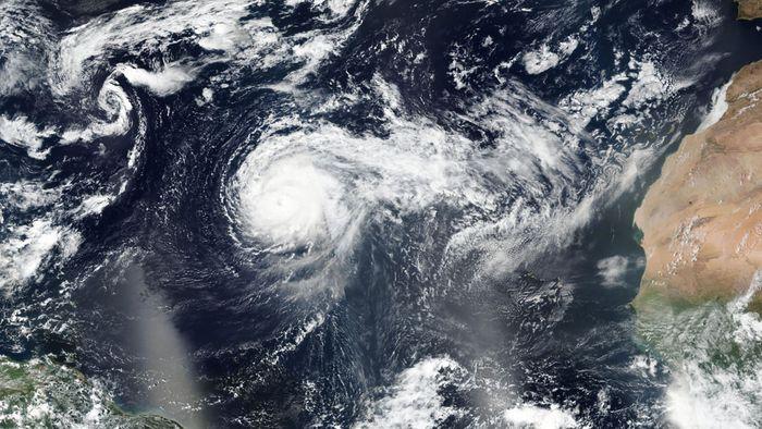 Extremer Hurrikan: Erst Azoren, und dann?
