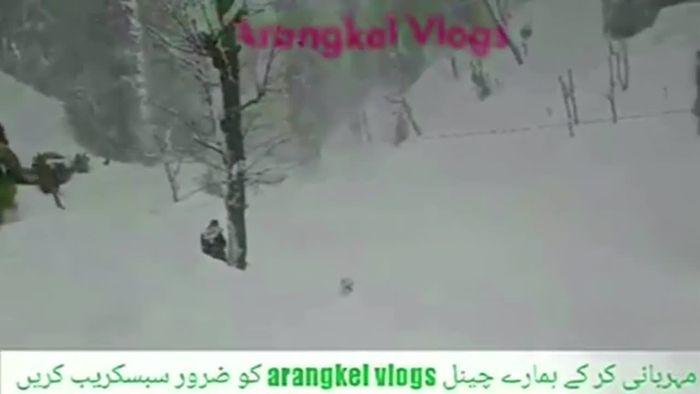 Dutzende Tote nach Lawinenabgängen in Kaschmir