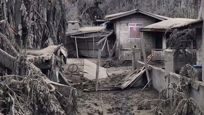 Philippinen: Vulkan begräbt Dorf unter Aschedecke