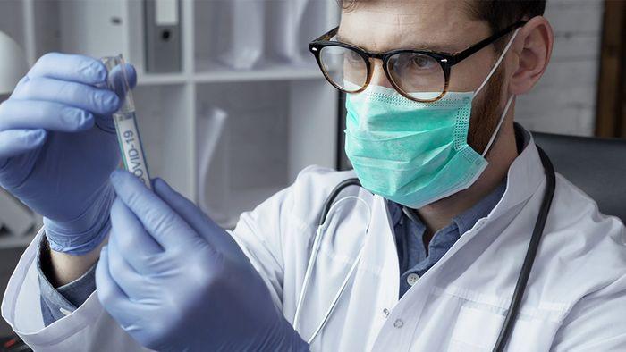 Gegen die Lungenkrankheit COVID-19 gibt es derzeit noch kein spezielles Medikament.