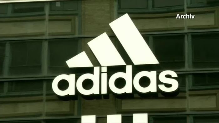 """""""Unverantwortlich und unsolidarisch"""": Heftige Kritik an Adidas und Co."""