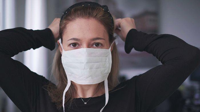 Atemschutzmasken sind aufgrund des Coronavirus stark gefragt.