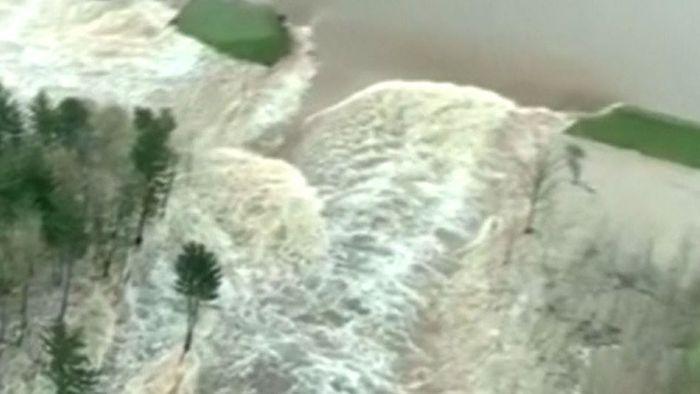 Zweifacher Dammbruch! Überschwemmungen in Michigan