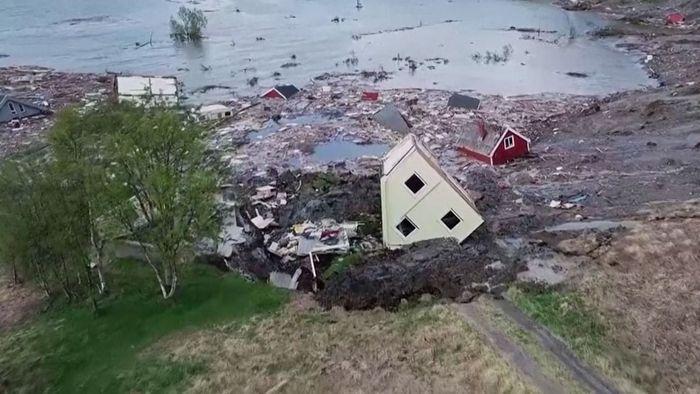 Erdrutsch in Norwegen reißt ganze Siedlung mit!