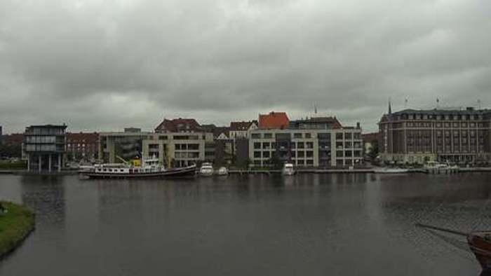 HD Live Webcam Emden - Delft - Alter Binnenhafen