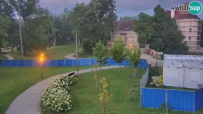 HD Live Webcam LIVEcam Perivoj Erdödy Castle Grounds webcam Jastrebarsko