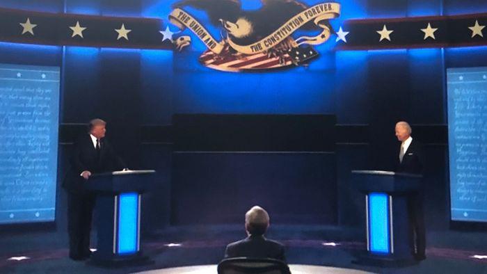 Hitziges TV-Duell: Trump und Biden müssen ermahnt werden