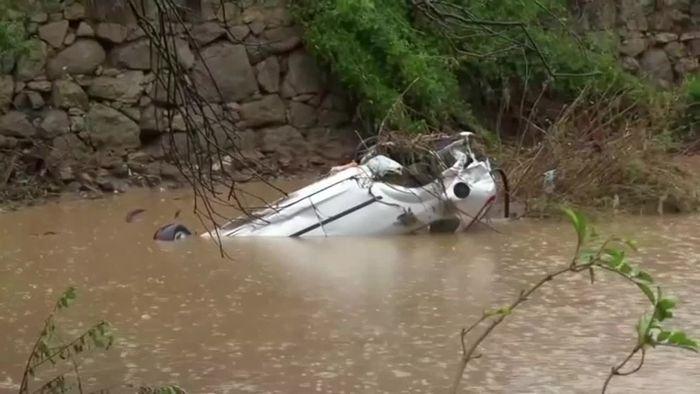 Todesopfer nach Unwetter: Orte auf Sardinien überflutet