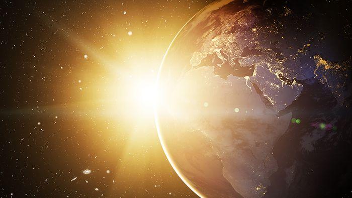 Die Sonnenstrahlung beeinflusst unser Wetter auf viele verschiedene Arten.