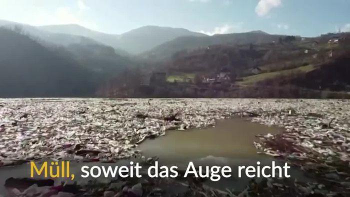 See voller Müll: Abfälle drohen Kraftwerk zu verstopfen
